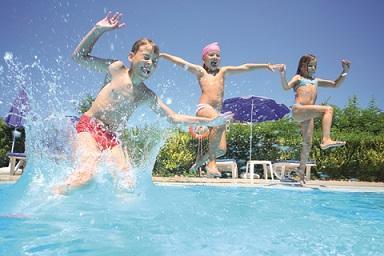 Co dělat pro to, aby bazén přinášel hromadu radosti a minimum starostí?
