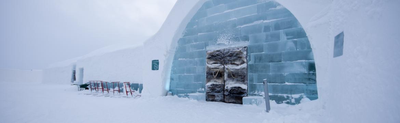 Proslulý ledový hotel ve Švédsku využívá environmentálně šetrné technologie NIBE. Neroztaje ani v létě!