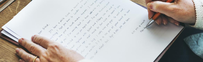 Proč je dobré vyměnit klávesnici za propisovací tužku či inkoustové pero?