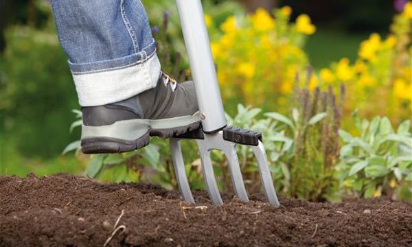 Šest rad, jak co nejlépe připravit zahradu na jaro