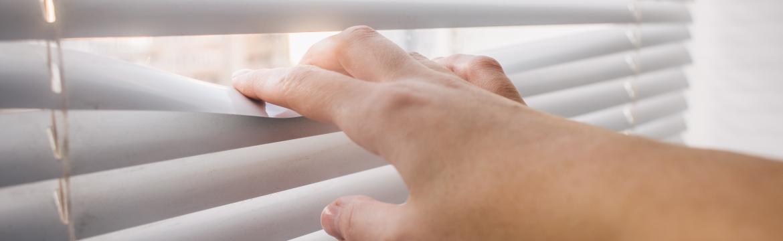 Letní tepla se blíží. Jaké zatemnění vás před nimi nejlépe ochrání?