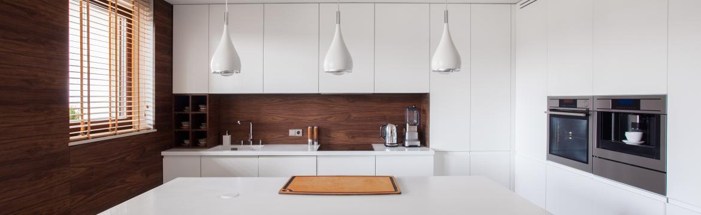 Výhody domácího ostrůvku: Oddělte kuchyň v otevřeném prostoru a zařiďte si zde soukromí pro přípravu pochoutek