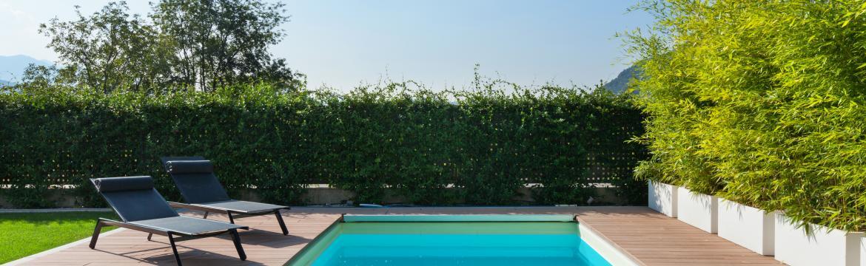 Bazénová chemie: Jak udržet v domácím bazénu čistou vodu?
