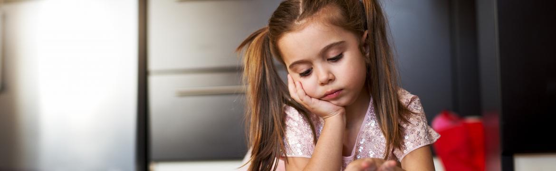 Jak zabavit dítě, aby se doma nenudilo? Máme pár nápadů