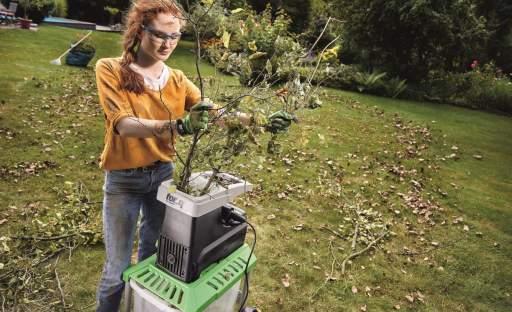 Dřeviny na zahradě potřebují podzimní sestřih
