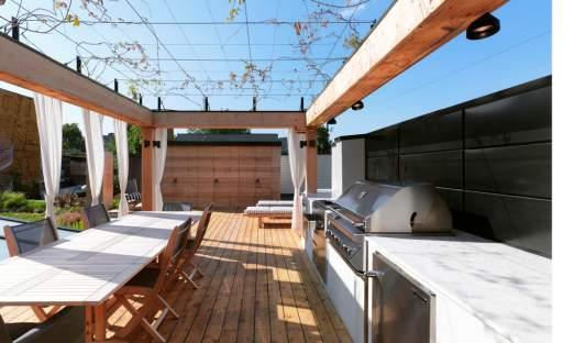 Život na vymazlené terase může být velmi příjemný