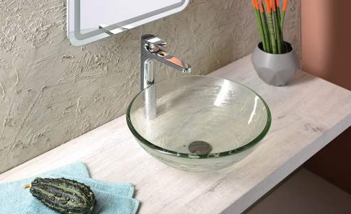 Objevte kouzlo skleněných umyvadel a vybavte si koupelnu jako Italové
