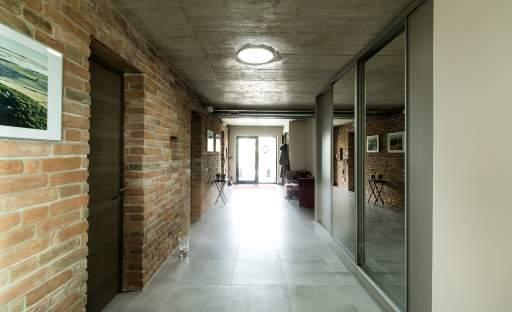 Denní světlo i do potemnělých částí interiéru vnesou světlovody