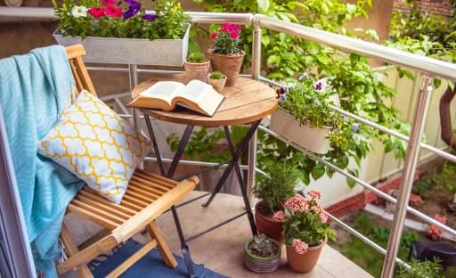 I léto na městském balkoně může být příjemné