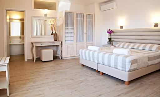 Poklidná atmosféra romantické ložnice je ideální pro notorické nespavce