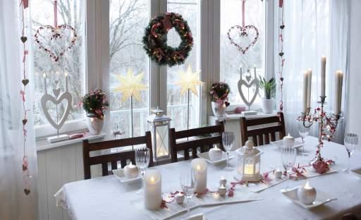 Užijte si atmosféru Vánoc u prostřeného stolu