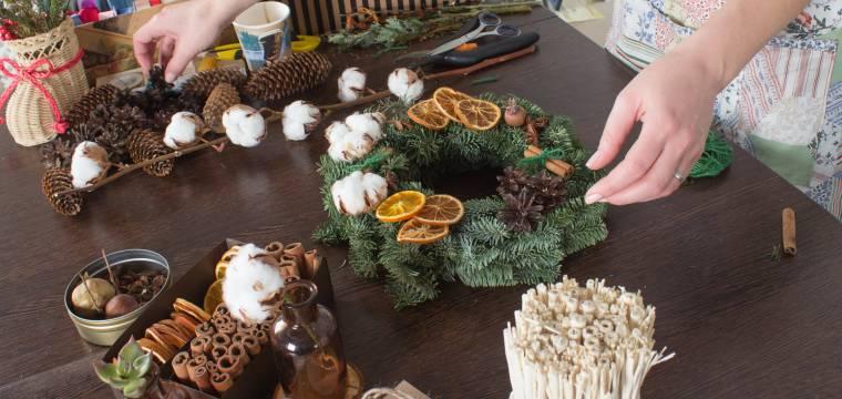 Udržitelné Vánoce aneb jak pro domácí dekor využít přírodní materiály