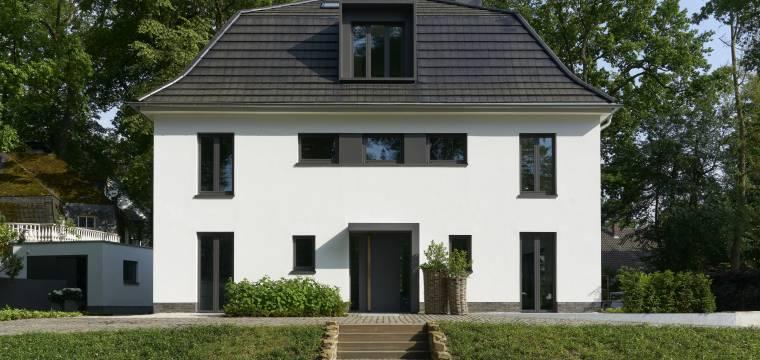 Dům ve stylu Miese van der Rohe