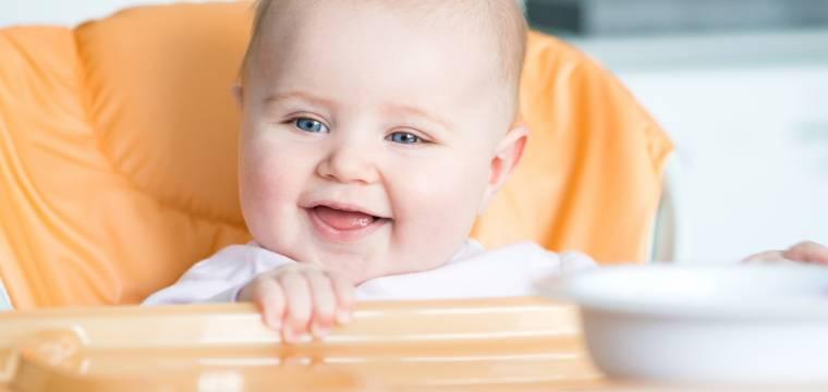 Multifunkční ohřívač dětské stravy BAYBY BBW 2020 umí i sterilizovat a vařit