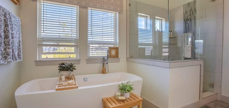 Koupelna se mění v prostor pro relaxaci a odpočinek