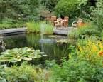 Ekologické koupání v domácím přírodním bazénu